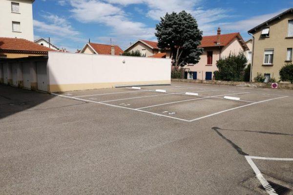place parking  pièces –  m²